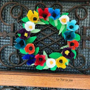 Une couronne de fleurs façon récup